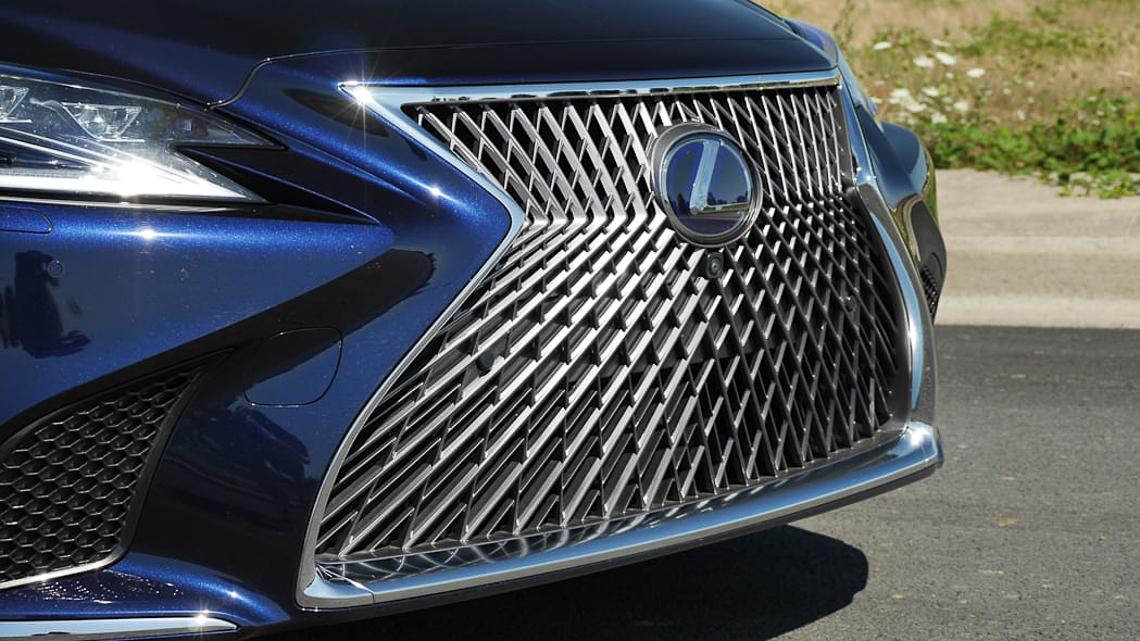 Lexus sẽ hồi sinh phiên bản LS600h được trang bị động cơ V8 Hybrid mới? - 03