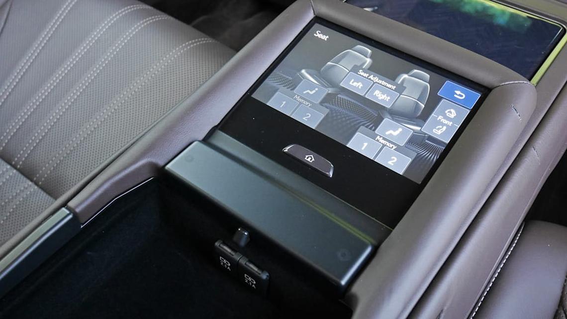 Lexus sẽ hồi sinh phiên bản LS600h được trang bị động cơ V8 Hybrid mới? - 09