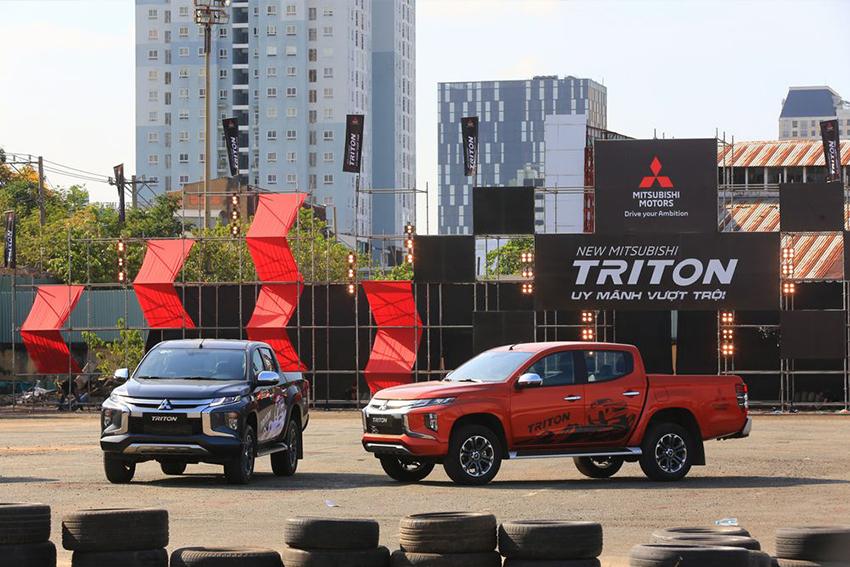 Mitsubishi Triton 4×4 AT đời 2019 giảm giá chỉ còn khoảng 680 triệu đồng - 02