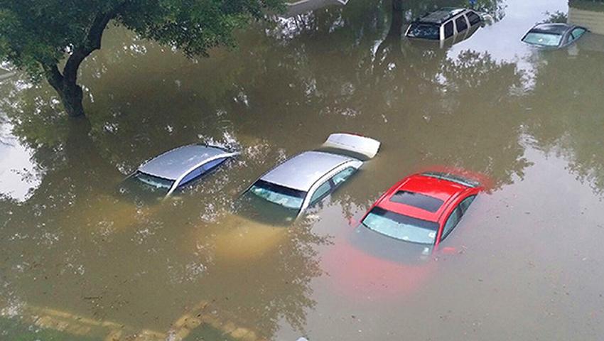 Cách nhận biết xe đã bị ngập nước khi mua ô tô cũ - 02