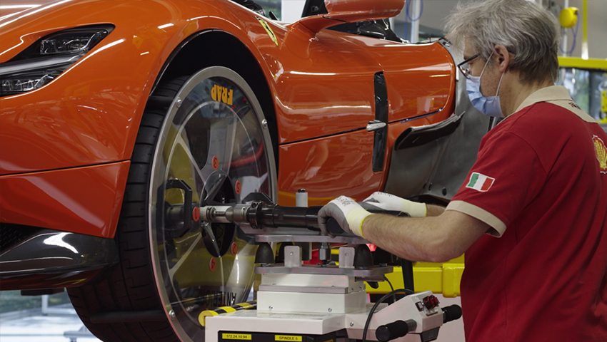 Nhà máy Ferrari sản xuất trở lại sau thời gian dài nghỉ dịch Covid-19 - 02