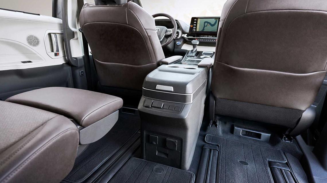 Toyota Sienna 2021 thế hệ mới bất ngờ với thiết kế táo bạo - 08