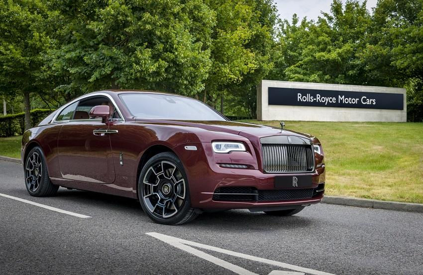 Rolls-Royce bàn giao xe