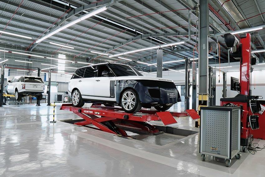 Jaguar Land Rover kiểm tra xe miễn phí và giảm 20% giá dịch vụ, phụ tùng - 7