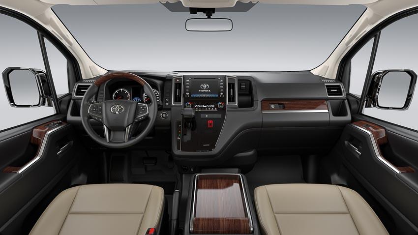 Toyota giới thiệu Hiace thế hệ mới, Granvia hoàn toàn mới và Land Cruiser Prado 2020 - 1