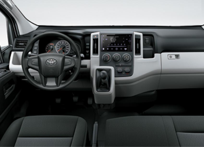 Toyota giới thiệu Hiace thế hệ mới, Granvia hoàn toàn mới và Land Cruiser Prado 2020 - 8
