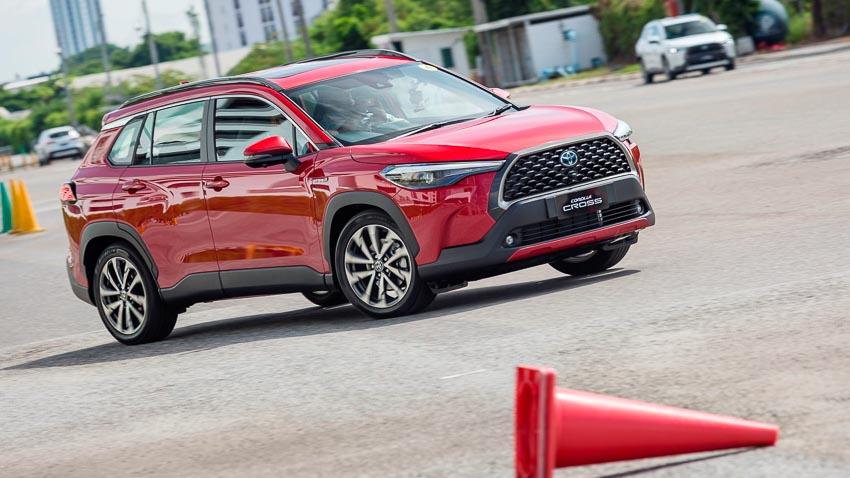 Chi tiết Toyota Corolla Cross phiên bản nâng cấp thể thao đang được mong đợi - 18