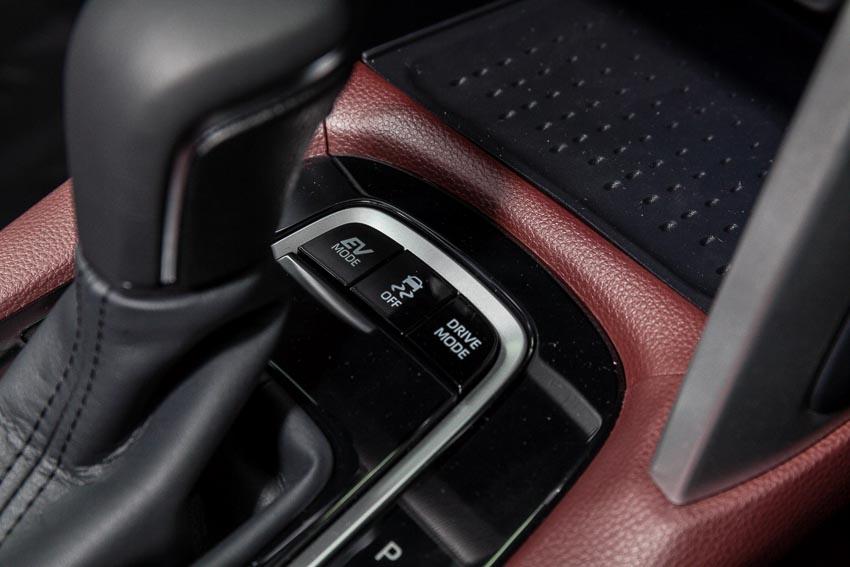 Chi tiết Toyota Corolla Cross phiên bản nâng cấp thể thao đang được mong đợi - 8