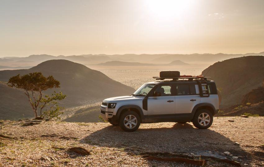 Land Rover Defender mới