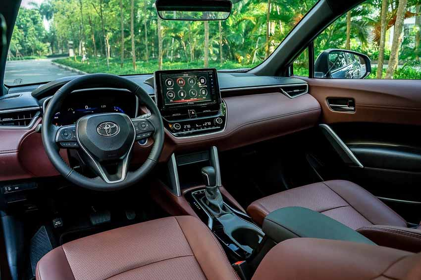Toyota Corolla Cross có giá khởi điểm từ 720 triệu đồng - 2