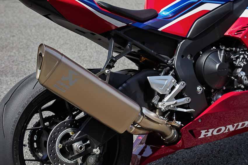 Honda CBR1000RR-R Fireblade 2020 ra mắt, giá từ 949 triệu đồng - 3