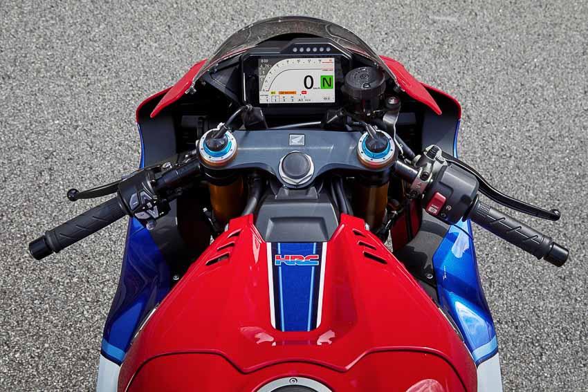 Honda CBR1000RR-R Fireblade 2020 ra mắt, giá từ 949 triệu đồng - 8