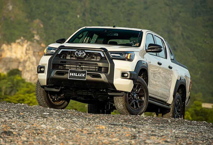 Toyota Hilux 2020 cải tiến vượt trội về thiết kế, công nghệ an toàn - 3