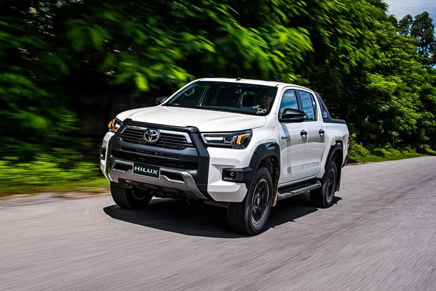Toyota Hilux 2020 cải tiến vượt trội về thiết kế, công nghệ an toàn - 5