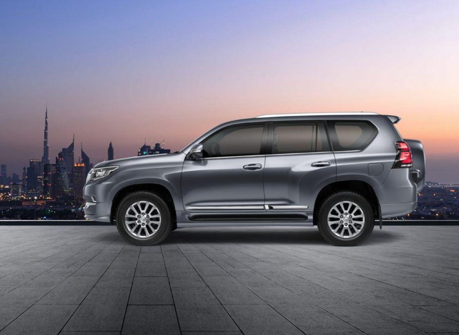 Toyota Land Cruiser Prado 2021 ít thay đổi, nâng cấp động cơ - 2