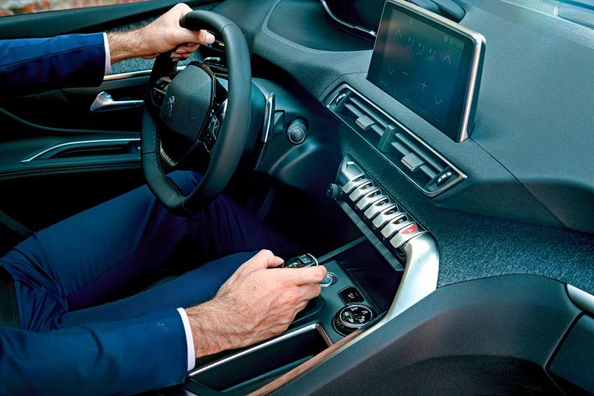 vô-lăng D-cut Peugeot