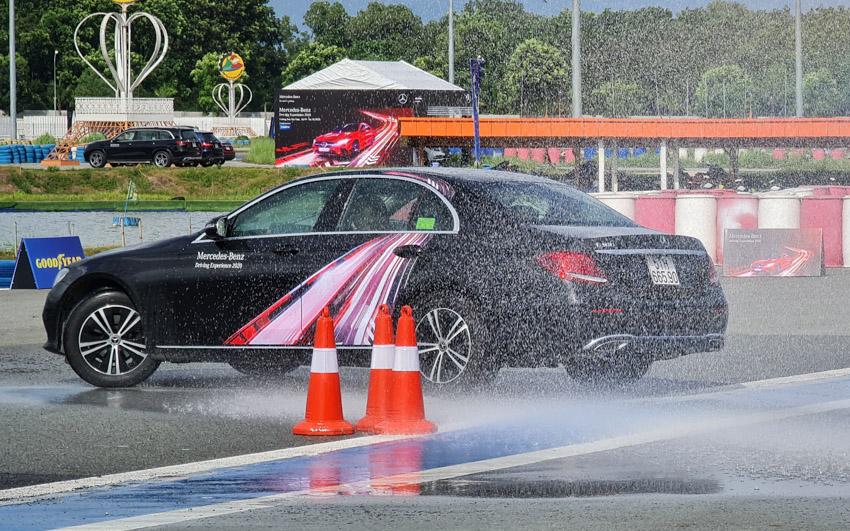 Học viện Lái xe An toàn Mercedes-Benz 2020 - Từ đường đua đến đường phố - 4
