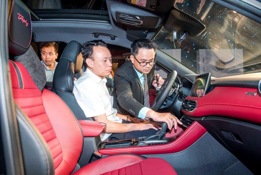 lái thử xe MG