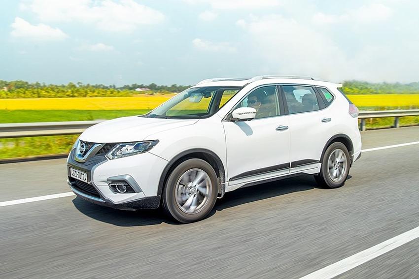 Thay nhà phân phối, Nissan X-Trail giảm giá tới gần 100 triệu VNĐ - 2