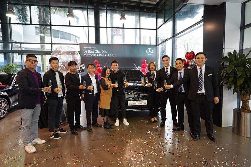"""Tiền đạo Quang Hải mạnh tay """"chốt"""" Mercedes-Benz GLC 300 4MATIC có giá 2,4 tỷ đồng-5"""