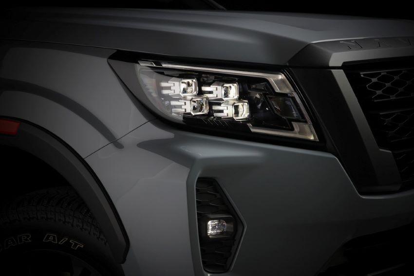 Xe Nissan Navara 2021