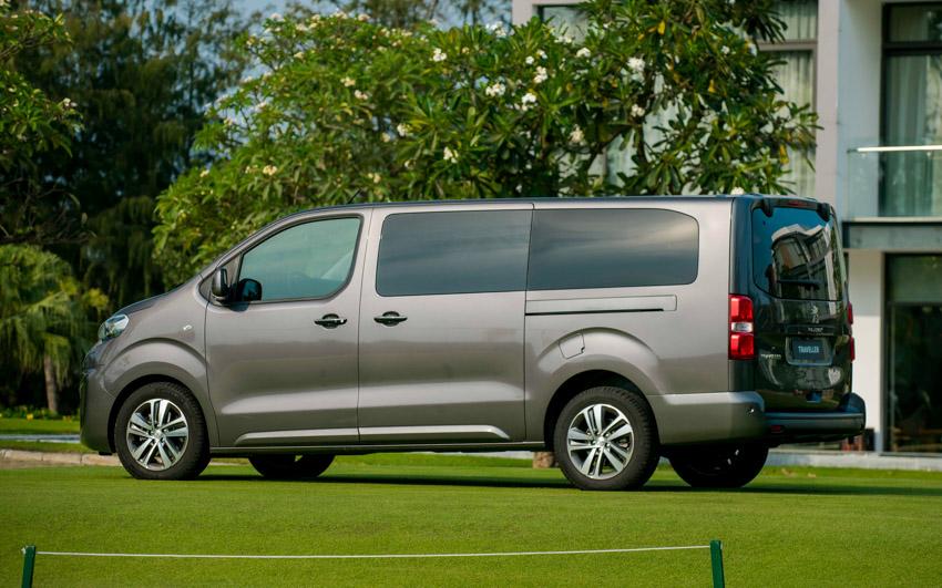 """Peugeot tạo """"cú hích"""" cuối năm, giao xe trước thềm năm mới - 1"""