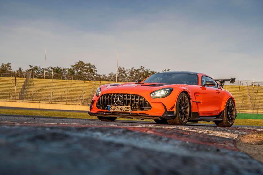 xe Mercedes AMG GT 2021