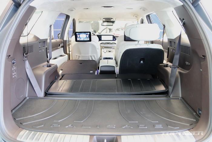 Ngắm Hyundai Palisade phiên bản VIP nội thất sang như Maybach - 10