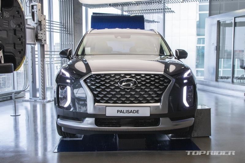 Ngắm Hyundai Palisade phiên bản VIP nội thất sang như Maybach - 3