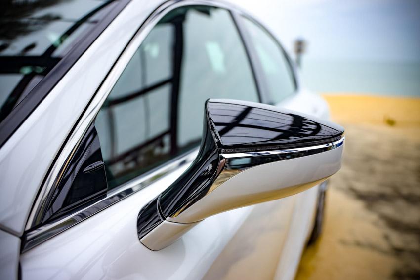 Chiêm ngưỡng sedan thể thao hạng sang cỡ nhỏ Lexus IS 2021 ra mắt tại Việt Nam-5