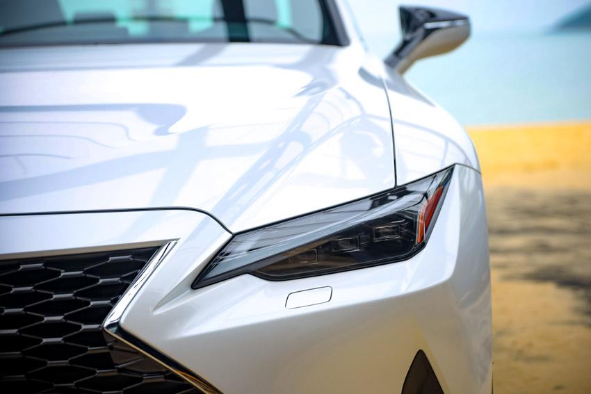 Chiêm ngưỡng sedan thể thao hạng sang cỡ nhỏ Lexus IS 2021 ra mắt tại Việt Nam-9