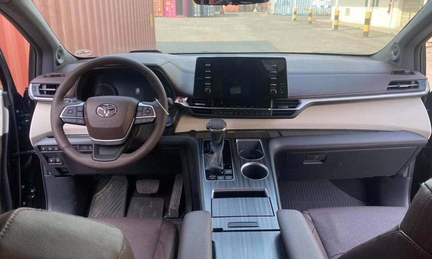 Toyota Sienna 2021 đầu tiên về Việt Nam với mức giá hơn 4 tỷ đồng - 5
