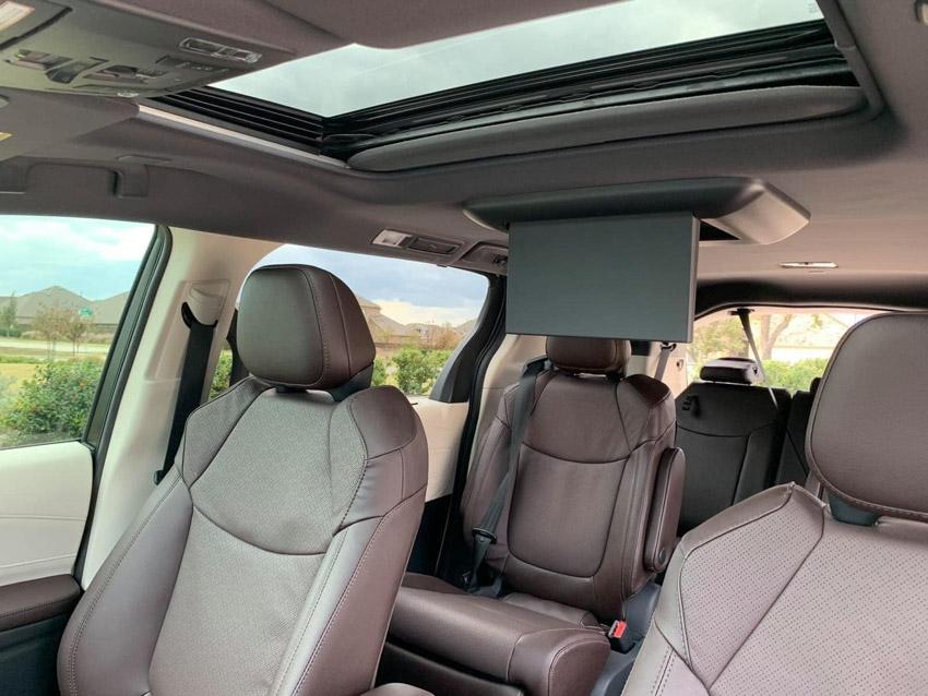 Toyota Sienna 2021 đầu tiên về Việt Nam với mức giá hơn 4 tỷ đồng - 11
