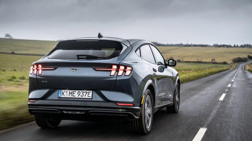 Ford Mustang Mach-E GT - xe điện có tốc độ nhanh nhất phân khúc - 2