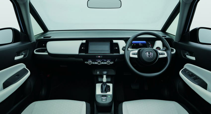 """Honda Jazz ra mắt tại Singapore """"gây sốc"""" đắt ngang Mercedes GLC ở Việt Nam - 3"""