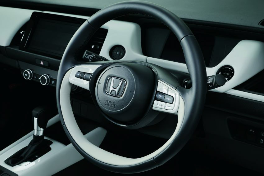 """Honda Jazz ra mắt tại Singapore """"gây sốc"""" đắt ngang Mercedes GLC ở Việt Nam - 5"""