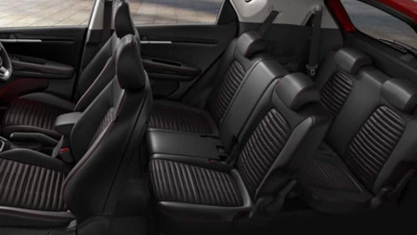 Kia Sonet phiên bản 7 chỗ chính thức ra mắt tại Indonesia với mức giá 317 triệu đồng-2