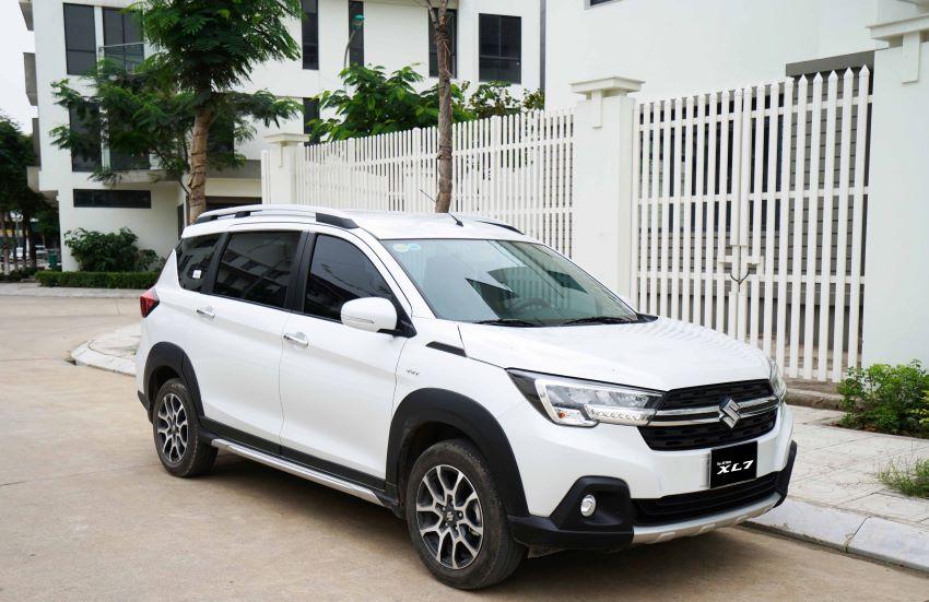 SUV Suzuki XL7