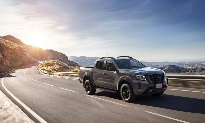 Giá Nissan Navara 2021