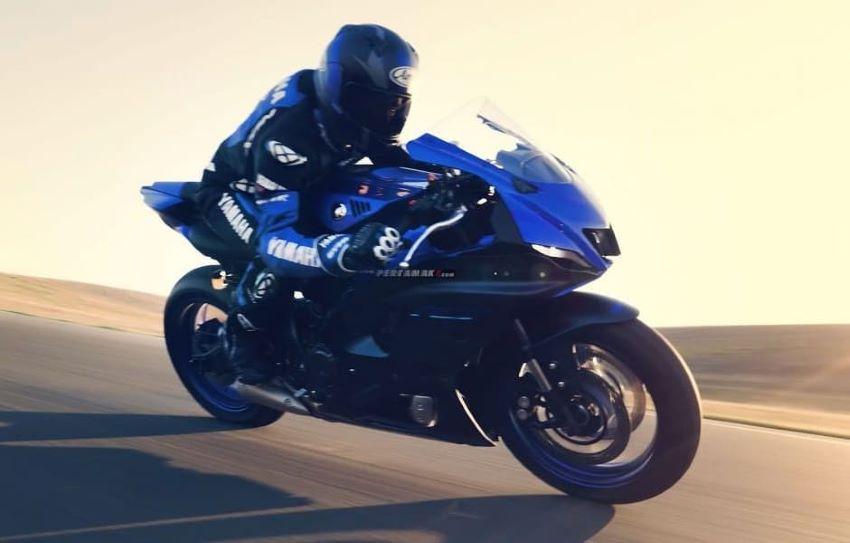 Yamaha R7 mới