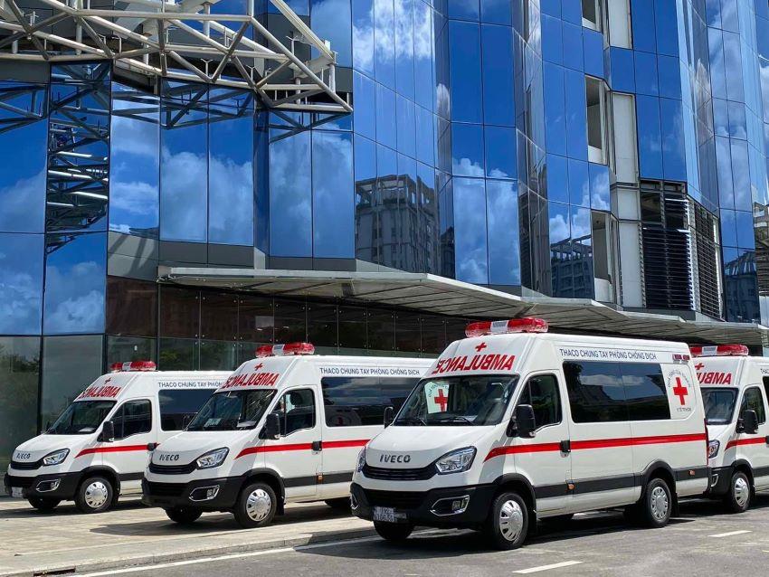 Thaco tặng xe cứu thương