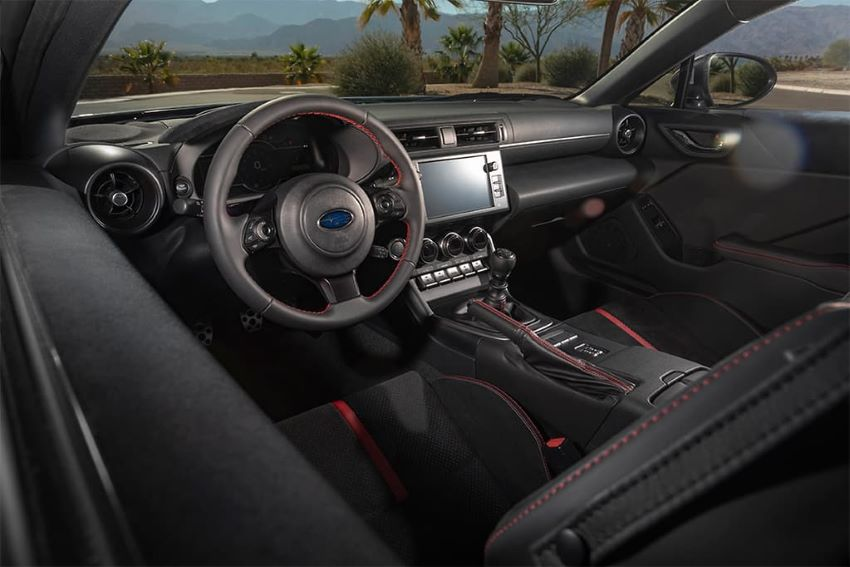 Giá Subaru BRZ 2022