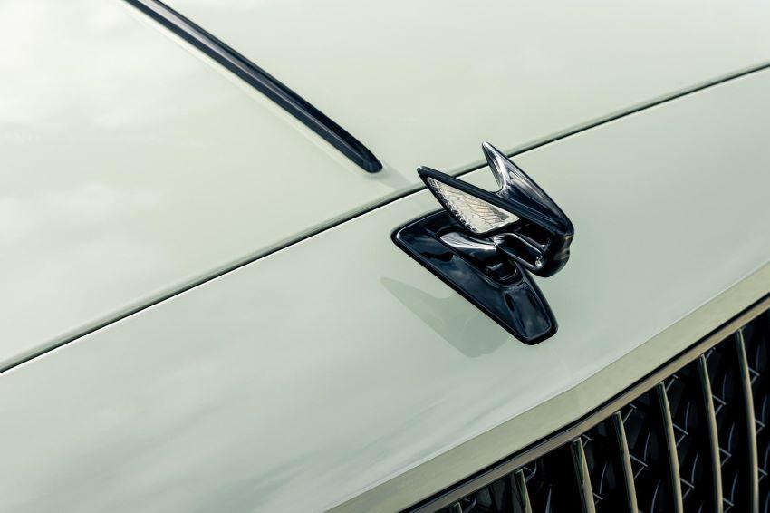 Bentley Flying Spur màu mới