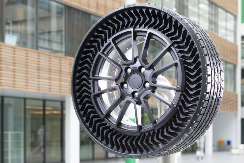 Lốp không hơi Michelin Uptis